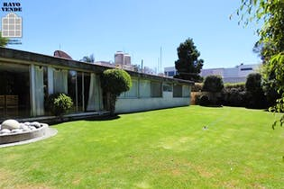 Casa en venta en Jardines del Pedregal, 750 m² con jardín
