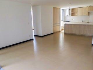 Una cocina con nevera y fregadero en Apartamento para la venta nuevo en Envigado loma de las Brujas
