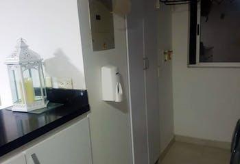 Apartamento En Venta En Medellin Los Colores con 4 alcobas.