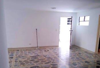 Apartamento en venta en Los Conquistadores de 4 habitaciones