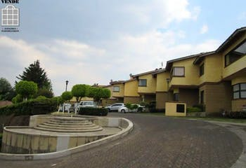 Casa en venta en San Nicolás Totolapan, 216 m² en condominio