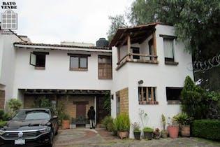 Casa en venta en San Nicolás Totolapan, 197 m² en amenidades