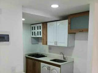 Se vende apartamento de 52m2 en Robledo Pajarito. Medellin