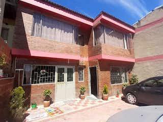 Casa en venta en Casco Urbano Zipaquirá de 4 hab.
