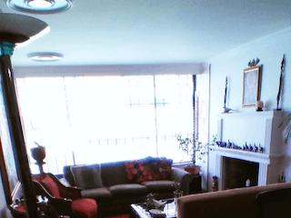 Una vista de una sala de estar desde una ventana en Apartamento en venta en Bella Suiza, 95mt