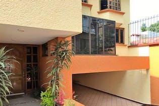 Casa en venta en San Jerónimo Lídice, 389 m² con jardín