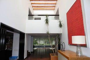 Casa en venta en Parque del Pedregal, 872 m² con jardín