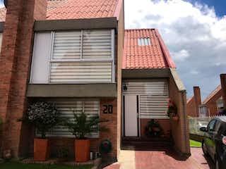Casa en venta en Barrio Verbenal de 4 alcoba
