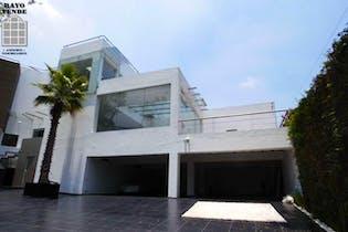 Casa en venta en San Jerónimo Lídice, 2,124 m² con alberca