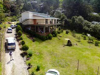 Finca En El Retiro, Casa en venta en Santa Helena con acceso a Jardín