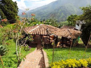 EN VENTA, FINCA EN GIRARDOTA, ANTIOQUIA, COLOMBIA