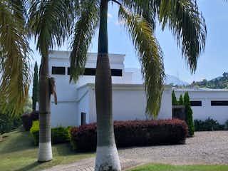 Venta de hermosa Finca en Girardota, Antioquia