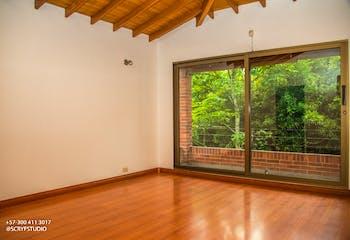 Casa en el Poblado, Santacatalina de Aragon cuenta con tres habitaciones