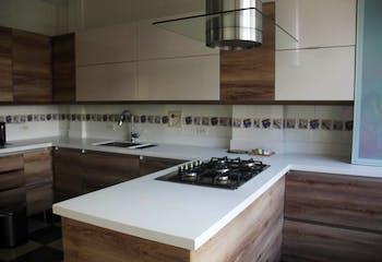 Casa en venta en El Tesoro de 325m²