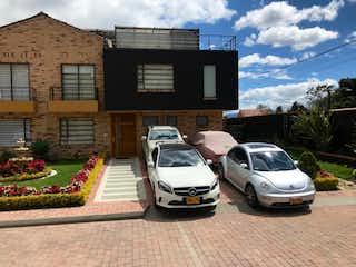 Casa en venta en La Moya de 240m² con Zonas húmedas...