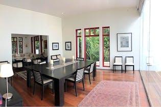 Casa en San Angel Inn con balcón  657 m²