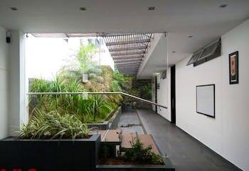 Casa en venta en Mesa con Jardín...