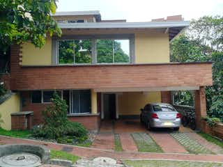 Casa en Venta Loma Atravesado Envigado Antioquia