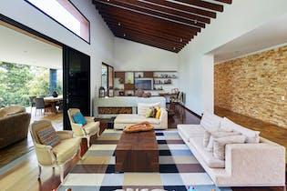 Casa en Poblado, Cedro Verde cuenta con 4 habitaciones