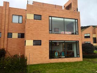 Casa en venta en Casco Urbano Sopó de 3 hab.