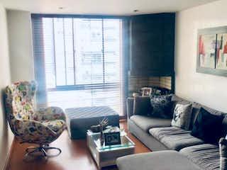 Apartamento en venta en Barrio Cedritos de 3 hab.