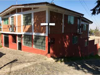Casa en venta en El Charco de 4 hab. con Jardín...
