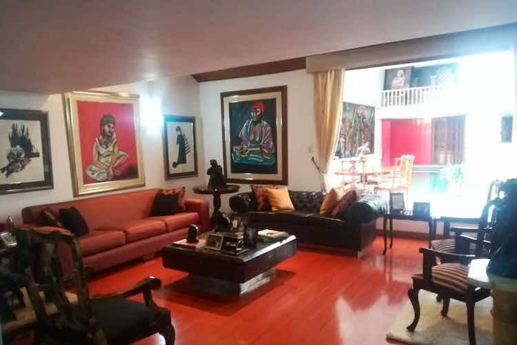 Portada Casa En venta En Bogota Bella Suiza-Usaquén- 7 alcobas