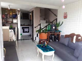 Casa en venta en Pinar de Suba, 74mt de cuatro niveles