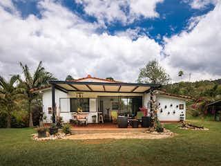 Casa en venta en Casco Urbano Guarne de 4 alcoba