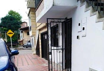 Casa En Venta En Medellin Belen San Bernardo- 4 alcobas