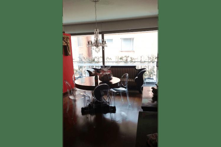 Portada Apartamento en los Rosales, Bogotá - en muy buena ubicación