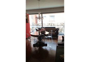 Apartamento en los Rosales, Bogotá - en muy buena ubicación