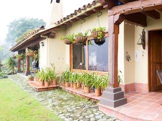 105176 - Se Vende Casa en El Poblado- Via Las Palmas