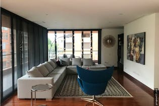 Venta Apartamento chico navarra, cuenta con 3 habitaciones y terraza.