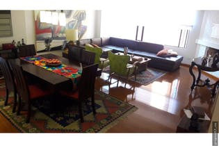 Apartamento en venta en Barrio La Carolina de 3 habitaciones
