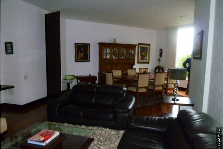 Portada Apartamento en Colinas de Suba, cuenta con 3 habitaciones cada una con baño.