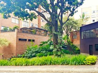 Venta apartamento por VISCAYA, amplios espacios.
