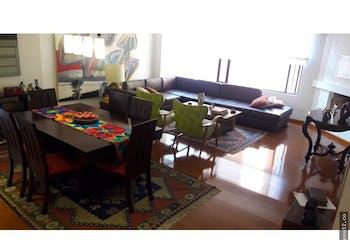 Apartamento en venta en Barrio La Carolina de tres alcobas