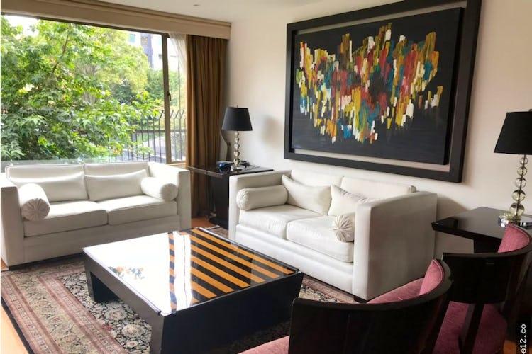 Portada Venta apartamento en Chapinero, cuenta con 2 habitaciones cada una con vestier.