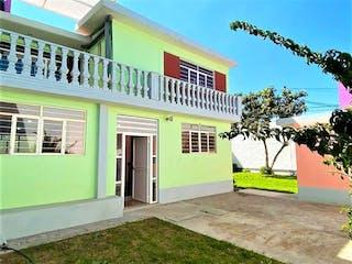 Casa en venta en San Felipe de 4 alcoba