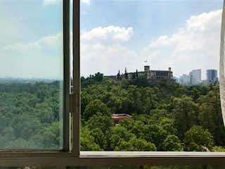 Frente al Bosque de Chapultepec