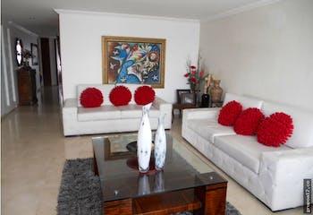 Venta excelente apartamento en La Calleja Baja - con cuatro habitaciones