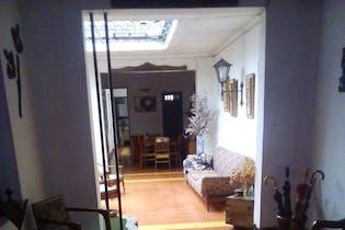 Venta Casa En Prado Centro, Con Tres Niveles Y 10 Alcobas