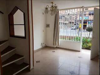 Casa en venta en Techo, 58mt de tres niveles