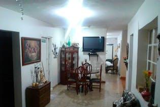 Venta Casa En Buenos Aires Con 5 Habitaciones Y 2 Salas.