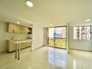 Un cuarto de baño con dos lavabos y una bañera en Apartamento en venta en La Doctora 57m² con Gimnasio...