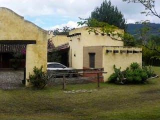 Casa en venta en Casco Urbano El Carmen De Viboral, 7359m²