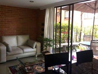 Casa en venta en Loma Del Indio 118m² con Jardín...