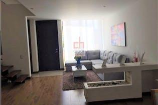 Vende Casa Cajica-Colombia, cuenta con terraza y 3 niveles.