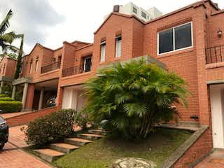 Vendo Casa Remodelada Medellín, Antioquia
